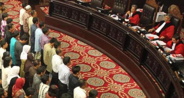 Putusan UU Pilpres: MK Berpolitik!