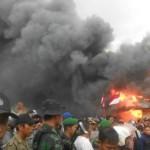 Pembakaran pemukiman Gafatar di Mempawah, Kalimantan Barat  Foto : nasional.news.viva.co.id