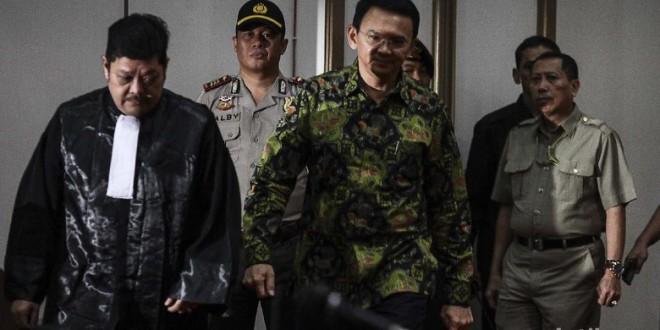 (Bahasa Indonesia) Tuntutan Kasus Ahok: Hukum sebagai Alat Politik