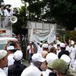 FPI geruduk Kantor Tempo. Foto: ©2018 Merdeka.com/Intan Umbari Prihatin.