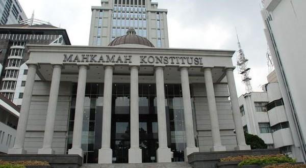 Kinerja Mahkamah Konstitusi RI 2014-2015