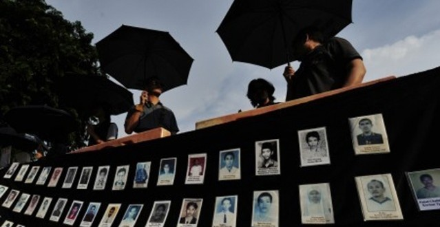 Activists Call on Wise  Men to Solve Historic Human  Rights Abuses