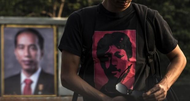 Jokowi Harus Menuntaskan Kasus Munir